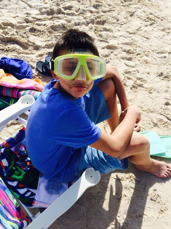 snorkel masked kid